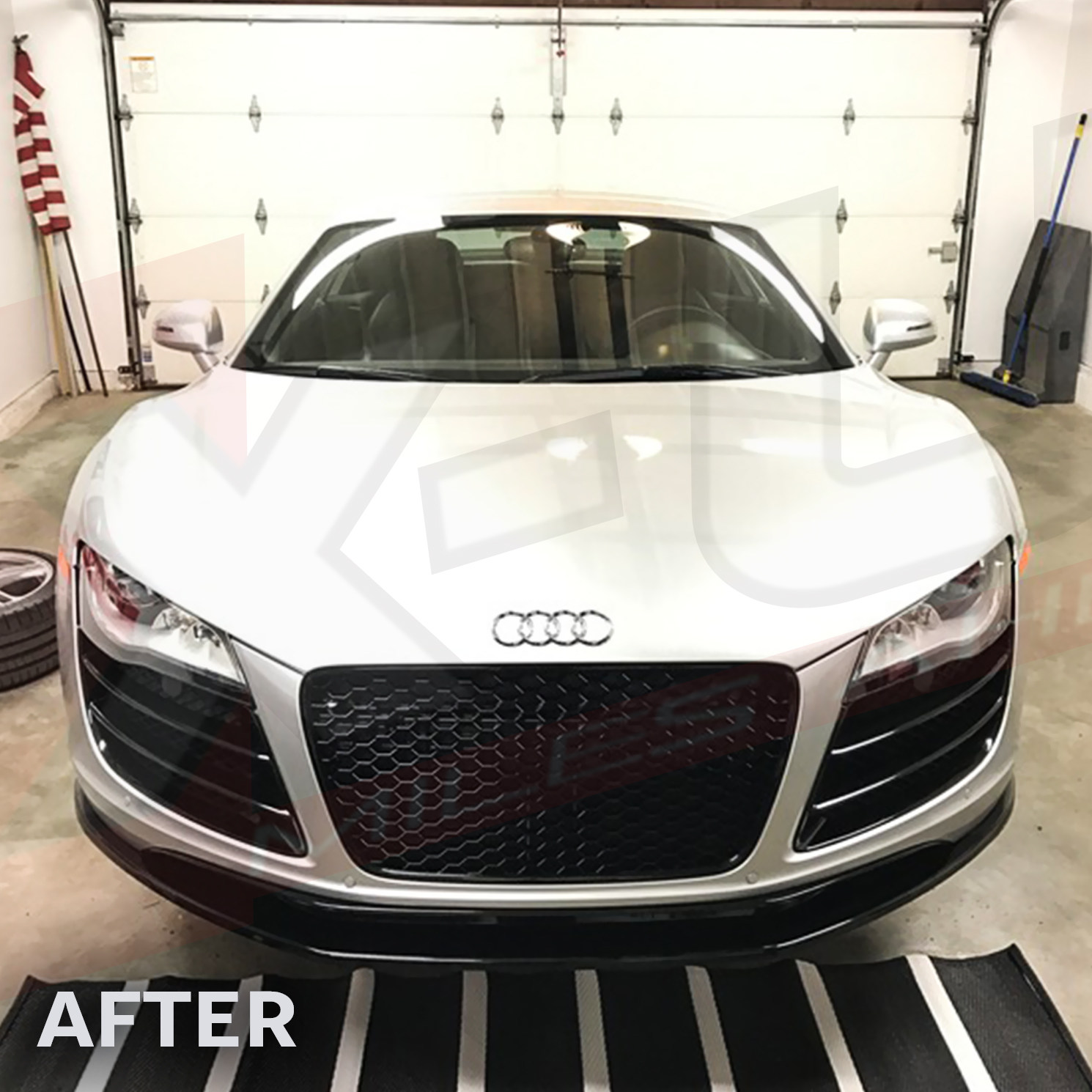 """The Parts House >> AUDI R8 front grill pre-facelift 2007-2012 """"gloss black with chrome surround"""""""